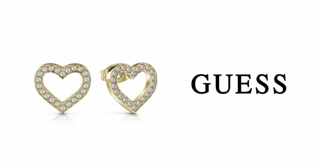 Zlaté šperky Guess sú stalicou v obľúbenosti medzi dámami