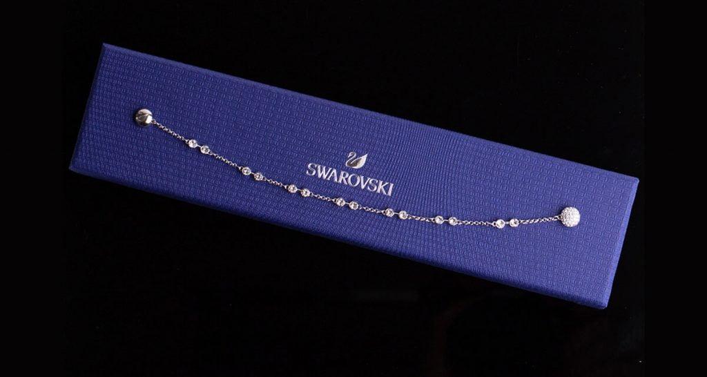 Ligotavý náhrdelník značky Swarovski