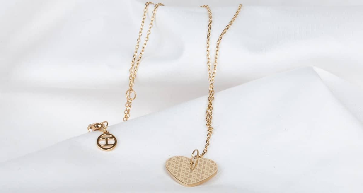 Zlaté šperky sú symbolom luxusu a nezameniteľnej elegancie