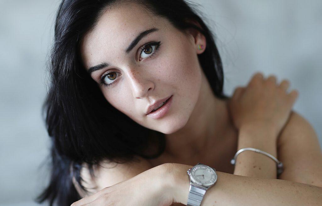 Dámy, viete ktoré hodinky a šperky si vybrať?