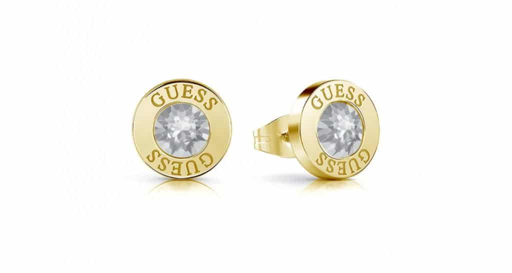 Šperky Guess skrývajú vo svojom portfóliu aj tieto podmanivé zlaté náušnice