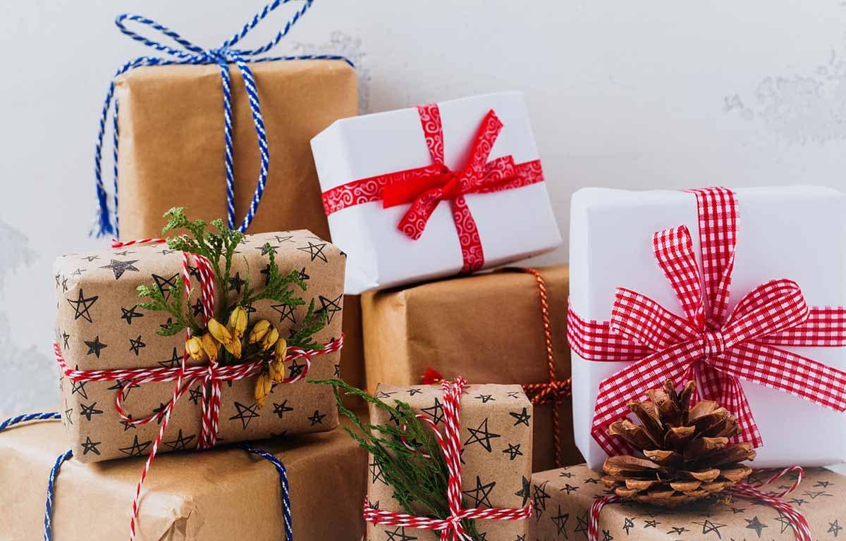 Šperky sú typickým vianočným darčekom