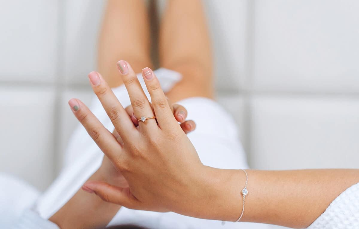 Inšpirujte sa našimi tipmi na to, ako zistiť správnu veľkosť prsteňa