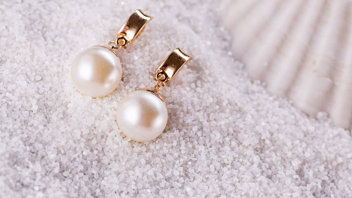 Krásne perlové náušnice