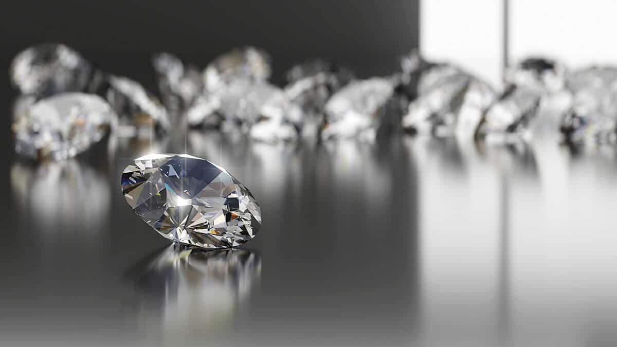 Diamant je svojim spôsobom opracovaný briliant
